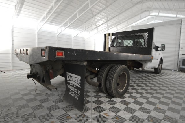 2006 F-350 Regular Cab DRW, Platform Body #A79465 - photo 2