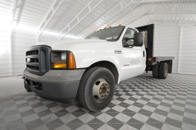 2006 F-350 Regular Cab DRW, Platform Body #A79465 - photo 11