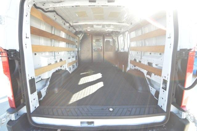 2018 Transit 250 Low Roof 4x2, Empty Cargo Van #A98604M - photo 1