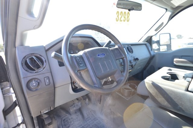 2013 F-550 Regular Cab DRW, Platform Body #B10497 - photo 31