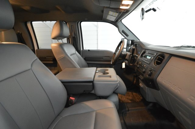 2012 F-350 Crew Cab DRW, Cab Chassis #B89817 - photo 25