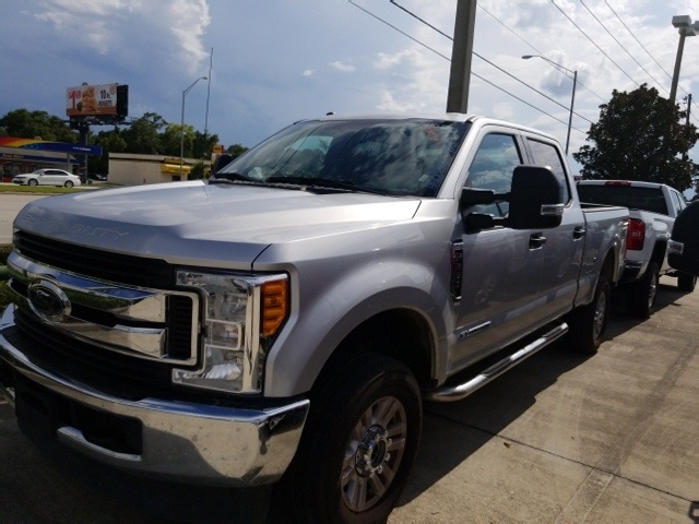 2017 F-250 Crew Cab 4x4, Pickup #C02712M - photo 4