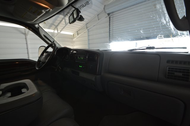 2006 F-350 Crew Cab DRW 4x2,  Pickup #C44655 - photo 26