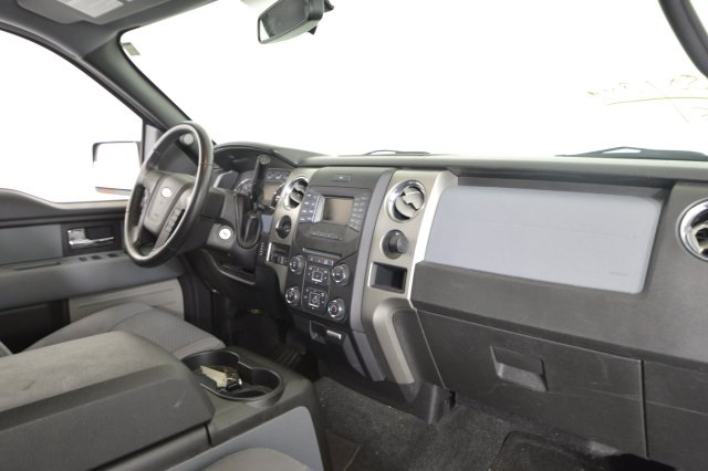 2013 F-150 SuperCrew Cab 4x2,  Pickup #C54346 - photo 24