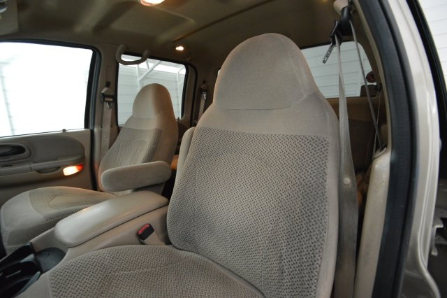 2001 F-150 SuperCrew Cab, Pickup #E89359 - photo 16