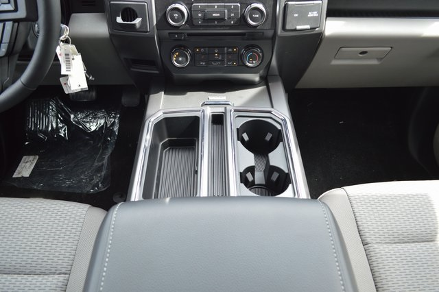 2018 F-150 SuperCrew Cab 4x2,  Pickup #FE12328 - photo 10