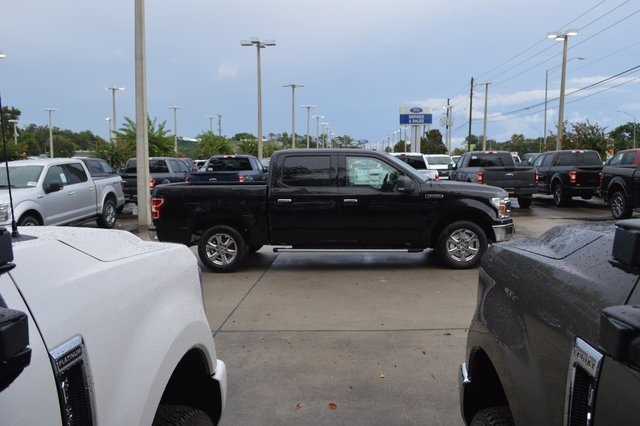 2018 F-150 SuperCrew Cab 4x2,  Pickup #FE34758 - photo 3