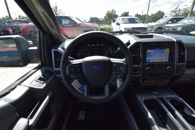 2018 F-150 SuperCrew Cab 4x2,  Pickup #FE38861 - photo 8