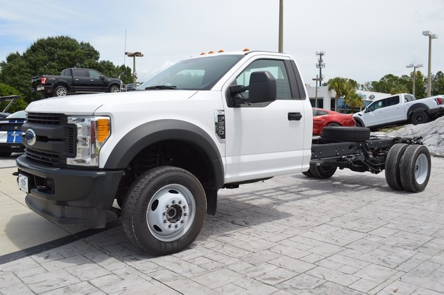 2017 F-550 Regular Cab DRW 4x4, Cab Chassis #HB23333 - photo 7