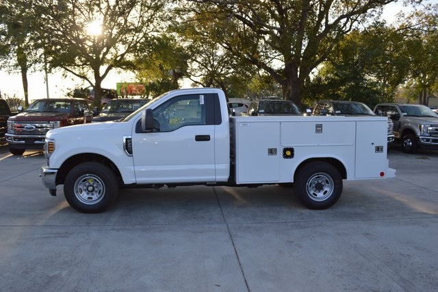 2018 F-250 Regular Cab, Reading Service Body #HB54024 - photo 4