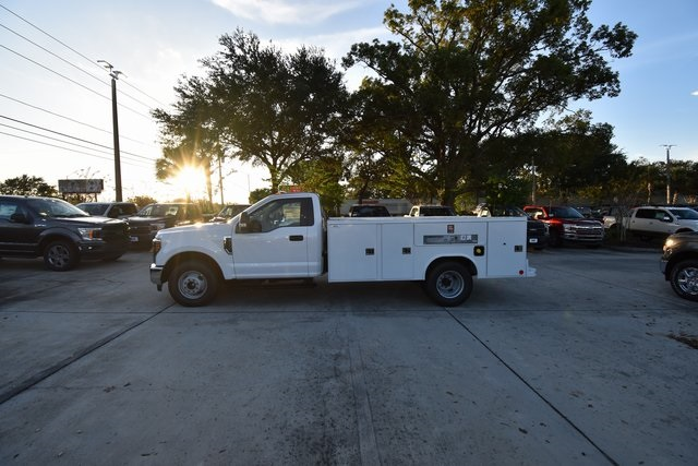 2019 F-350 Regular Cab DRW 4x2,  Reading Service Body #HC25597 - photo 4