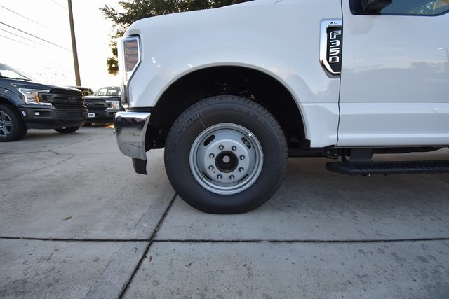 2019 F-350 Regular Cab DRW 4x2,  Reading Service Body #HC25597 - photo 7