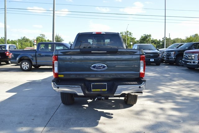 2018 F-250 Crew Cab 4x4, Pickup #HC36652 - photo 2