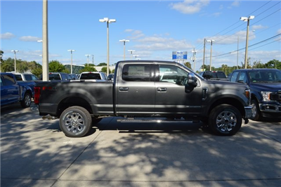 2018 F-250 Crew Cab 4x4, Pickup #HC36652 - photo 3