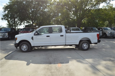 2018 F-250 Crew Cab 4x2,  Pickup #HC45738 - photo 4