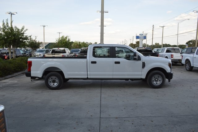2018 F-250 Crew Cab 4x2,  Pickup #HC45745 - photo 3