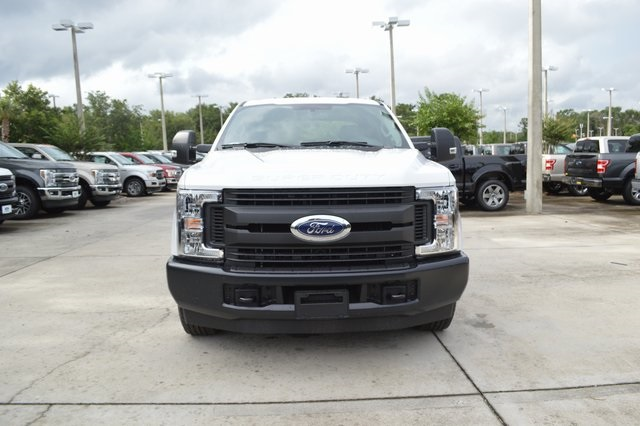 2018 F-250 Crew Cab 4x2,  Pickup #HC45747 - photo 5
