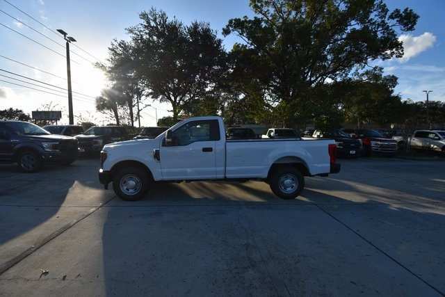 2018 F-250 Regular Cab 4x2,  Pickup #HC53598A - photo 4