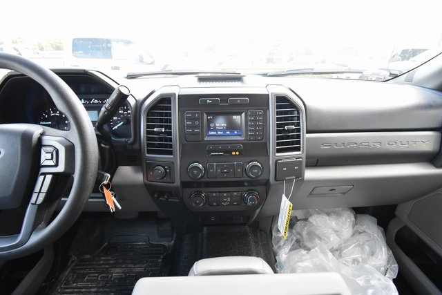 2019 F-250 Crew Cab 4x2,  Knapheide Service Body #HC91396 - photo 9