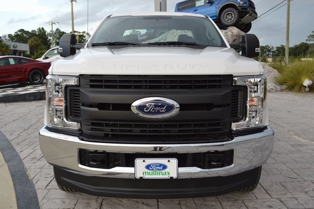 2017 F-350 Super Cab 4x4, Pickup #HD44202 - photo 8