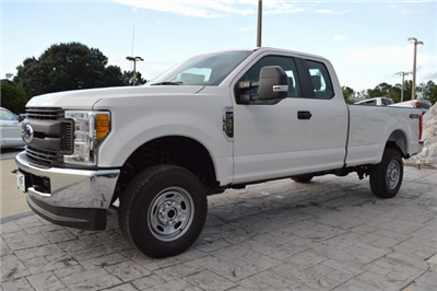 2017 F-350 Super Cab 4x4, Pickup #HD44202 - photo 7