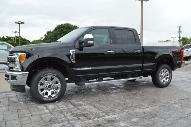 2017 F-250 Crew Cab 4x4 Pickup #HD56090 - photo 7