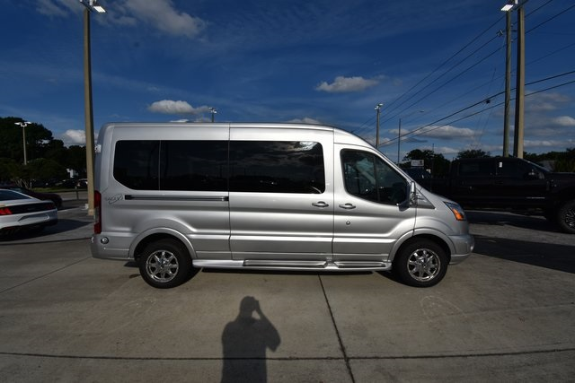 2018 Transit 250 Med Roof 4x2,  Passenger Wagon #RA38287 - photo 4