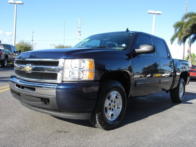 2009 Silverado 1500 Crew Cab 4x4 Pickup #137079 - photo 17