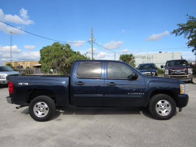 2009 Silverado 1500 Crew Cab 4x4 Pickup #137079 - photo 6