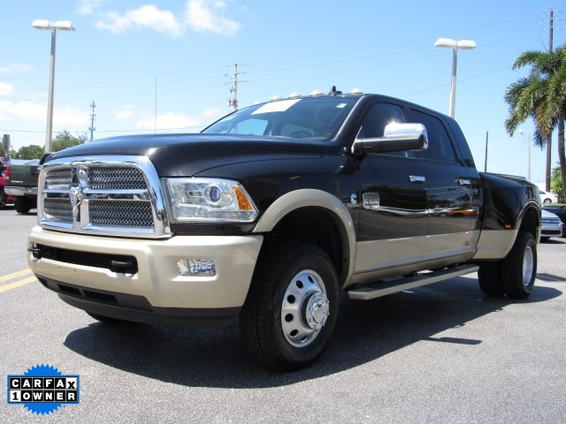 2015 Ram 3500 Mega Cab DRW 4x4, Pickup #619096 - photo 6