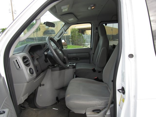 2011 E-350, Passenger Wagon #A42697 - photo 17