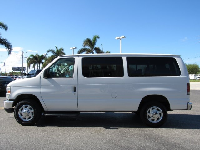 2011 E-350, Passenger Wagon #A42697 - photo 9