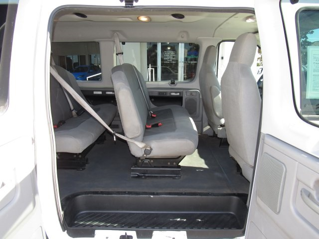 2011 E-350, Passenger Wagon #A42697 - photo 31