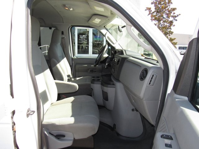 2011 E-350, Passenger Wagon #A42697 - photo 32