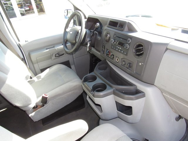 2011 E-350, Passenger Wagon #A42697 - photo 33