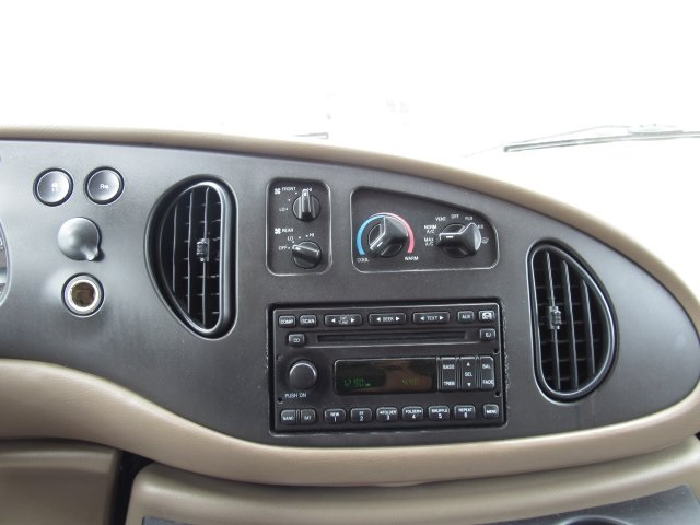 2008 E-350, Passenger Wagon #A80257 - photo 23