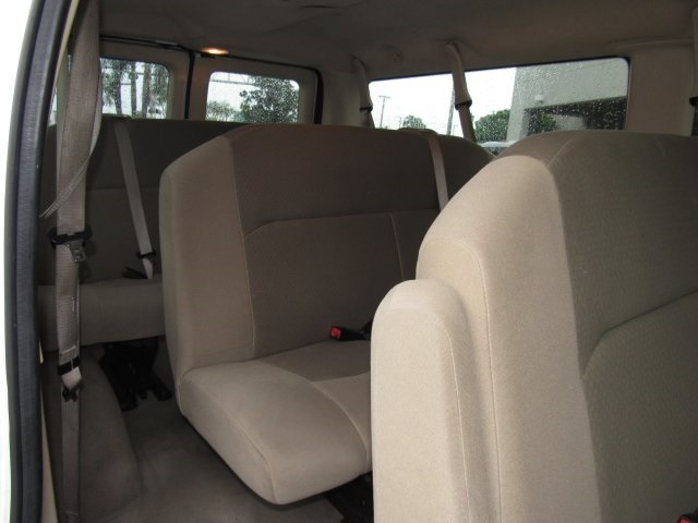 2008 E-350, Passenger Wagon #A80257 - photo 31