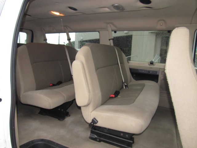 2008 E-350, Passenger Wagon #A80257 - photo 32