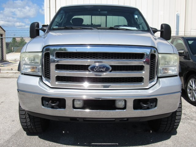 2005 F-250 Super Cab 4x4, Pickup #B03440 - photo 3