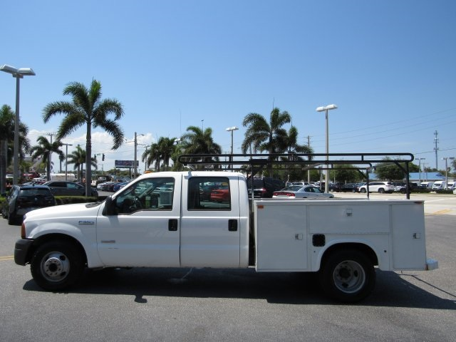 2005 F-350 Crew Cab DRW, Service Body #B45536C - photo 6