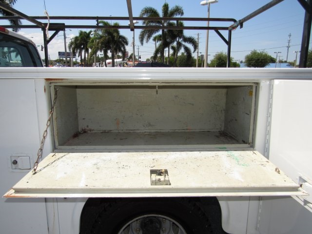 2005 F-350 Crew Cab DRW, Service Body #B45536C - photo 25