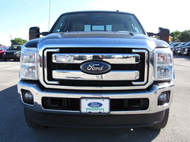 2015 F-350 Crew Cab 4x4 Pickup #C21345 - photo 3