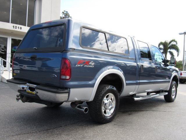 2006 F-250 Crew Cab 4x4, Pickup #C50643 - photo 2
