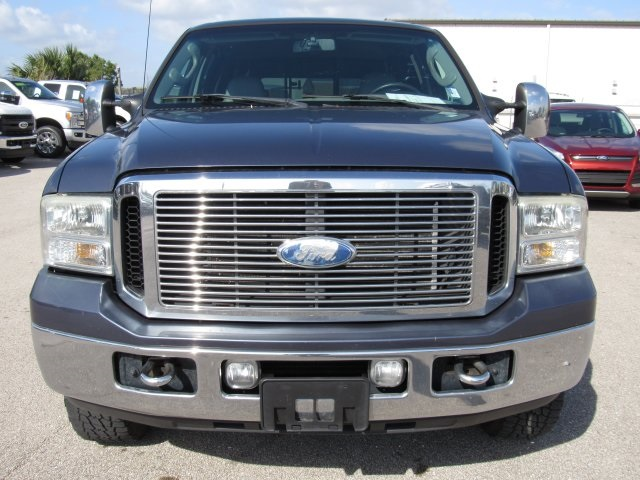 2006 F-250 Crew Cab 4x4, Pickup #C50643 - photo 4