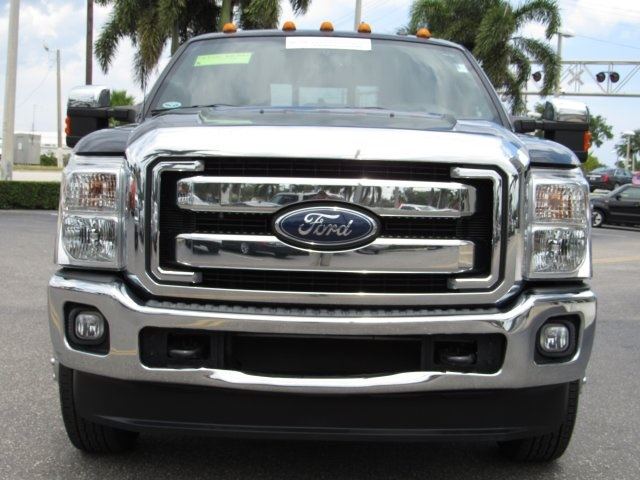 2015 F-350 Crew Cab DRW 4x4, Pickup #D03856 - photo 3