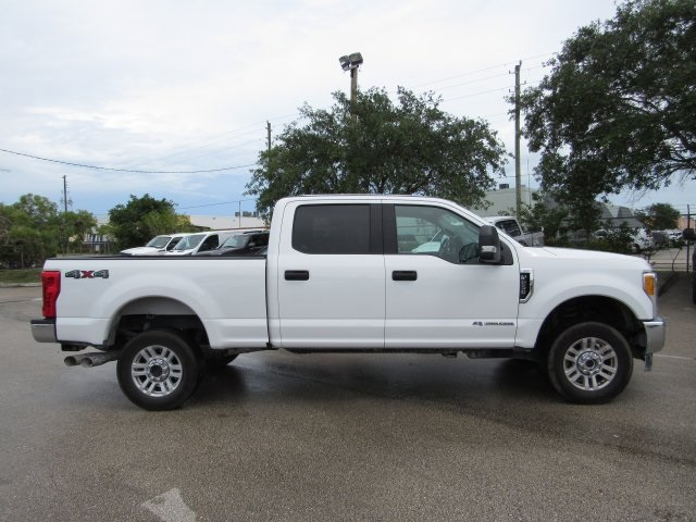 2017 F-250 Crew Cab 4x4, Pickup #E97929M - photo 5