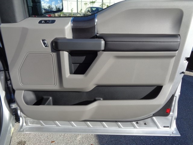 2018 F-150 Super Cab 4x2,  Pickup #FA76906 - photo 30