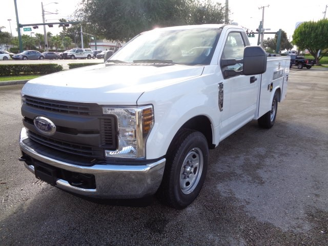 2018 F-250 Regular Cab 4x2,  Reading Service Body #HB61280 - photo 7