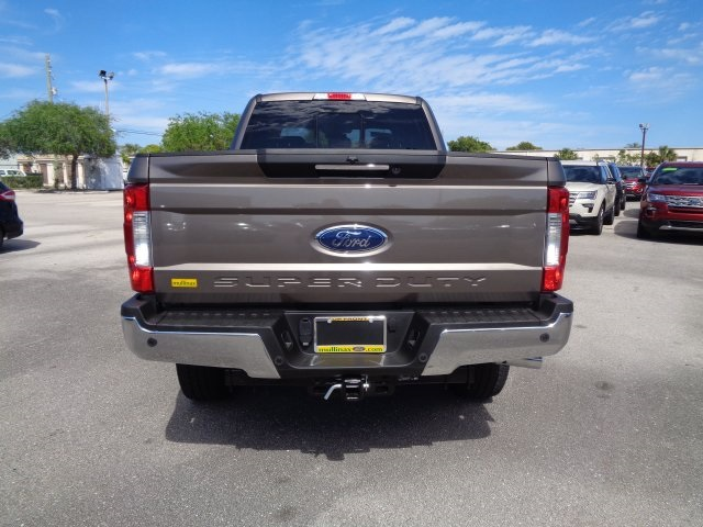 2018 F-250 Crew Cab 4x4,  Pickup #HB63423 - photo 4
