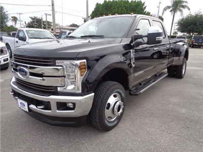 2018 F-350 Crew Cab DRW 4x4,  Pickup #HC05050 - photo 6